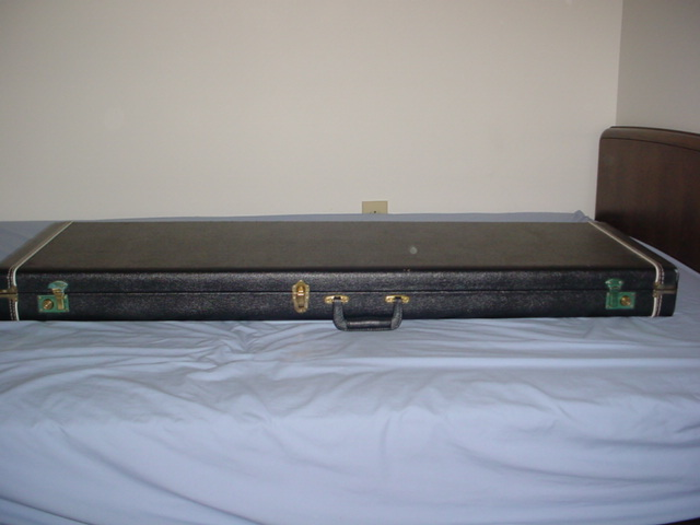 alembic case outside view