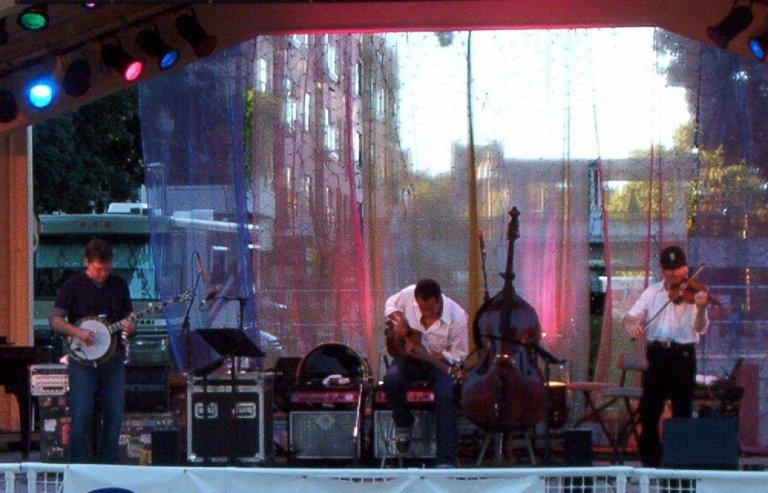 Trio! in Vancouver, WA
