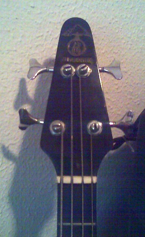 Alembic bass 3
