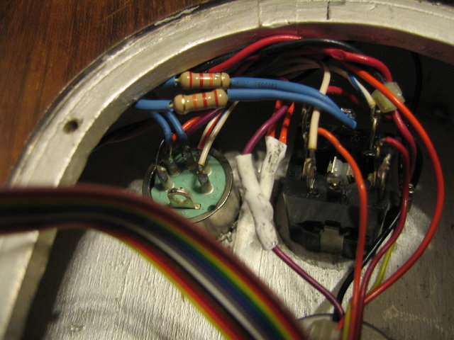 Stereo jack rewired to mono