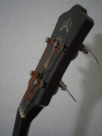 guild bass headstock2