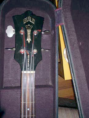 Guild Headstock front