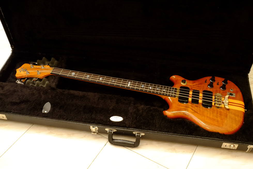1977 Alembic Series 1 Short Scale 02