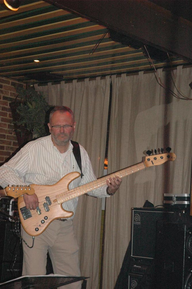 "Paul TBO on the ""A""-bass."