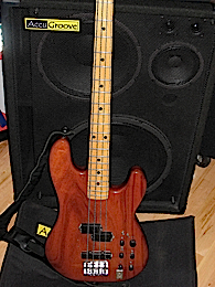 The Thunder Group video bass