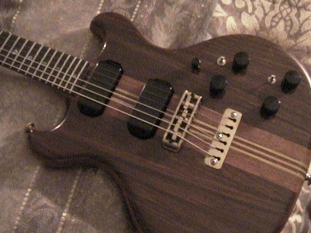 Hyak guitar 3