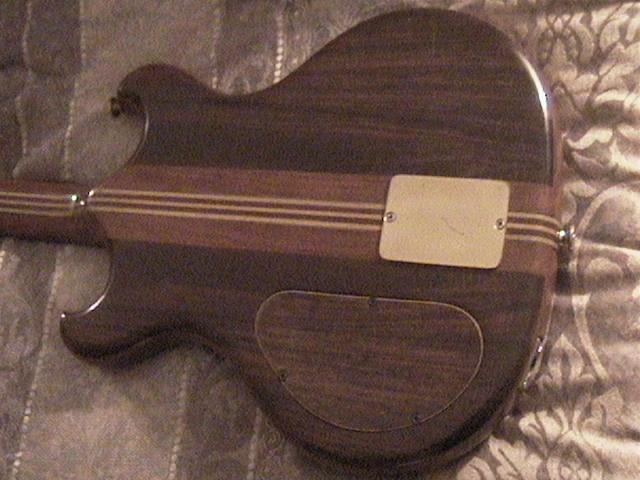 Hyak guitar 4