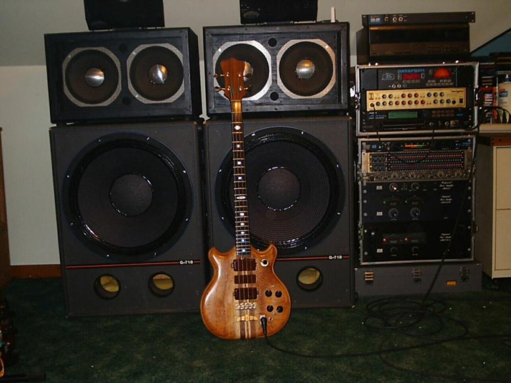 Bass 001