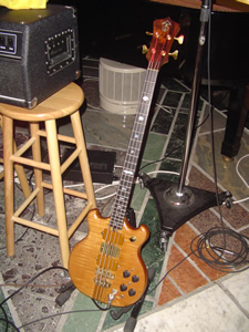Alembic 74 - 52 First Recording Gig 2004