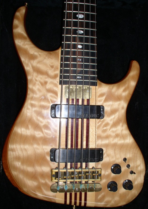 Beautiful maple and a nice mellow tone