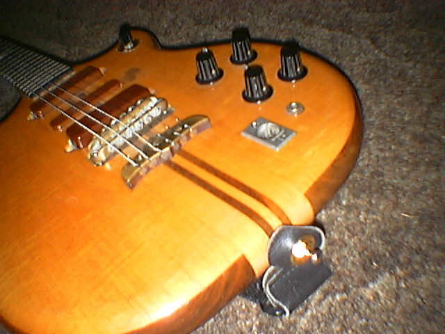 Series I guitar s/n#75-139 pic3