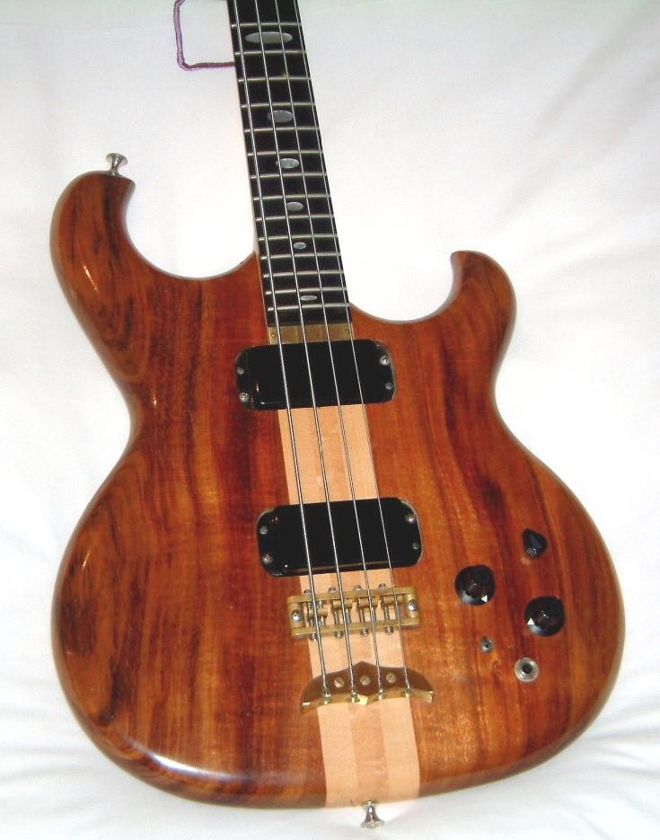 Spoiler Bass Body Front