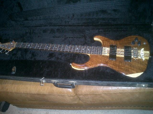 Elan 5 string 1992