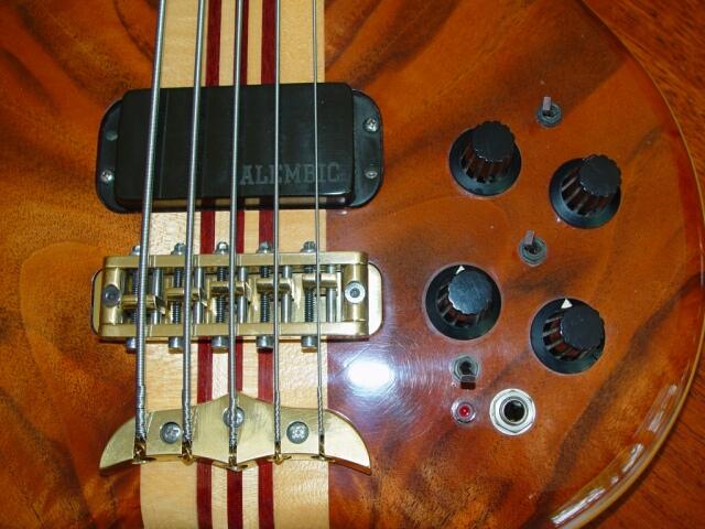 Edwin Van Huik Signature 5 90EVH5924USA electronics.jpg