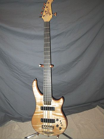 "Ken's Essence 5, 35"" scale, Europa electronics - a terrific bass!"
