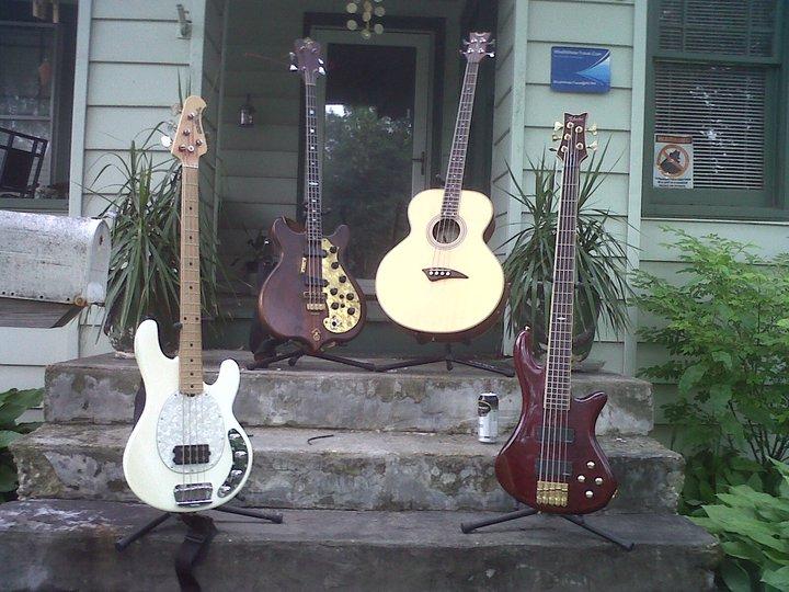 Alembic,dean,Musicman,Schecter.
