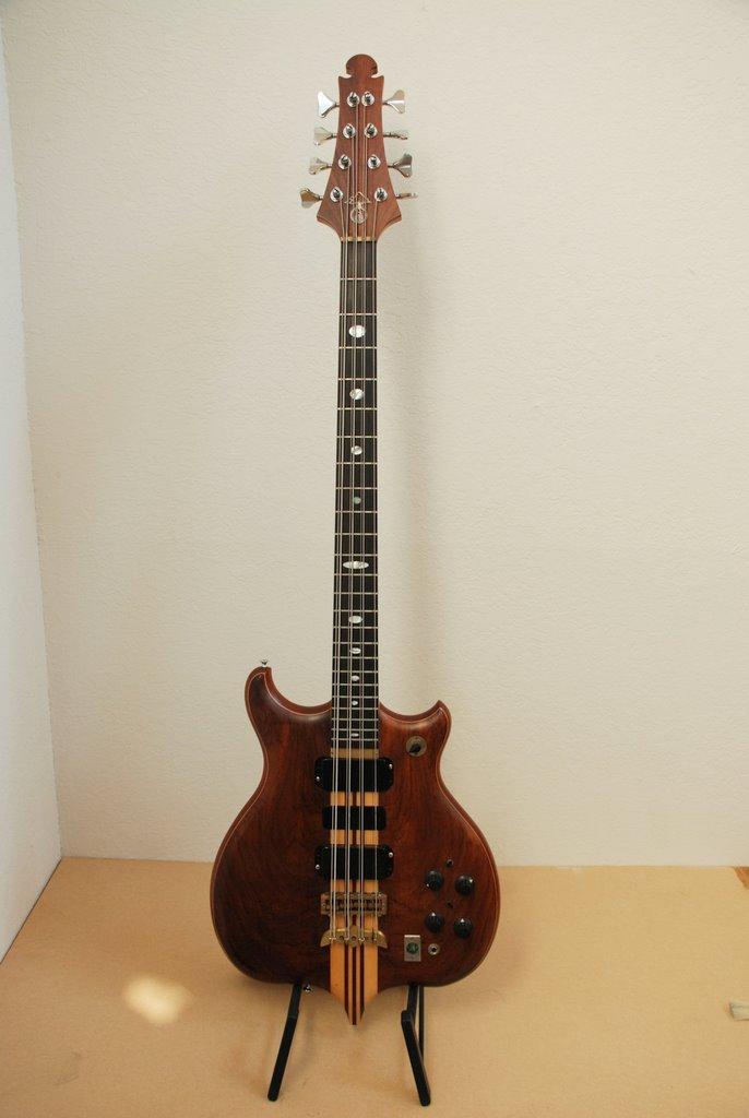 1983 Alembic Series 1.5 8-string