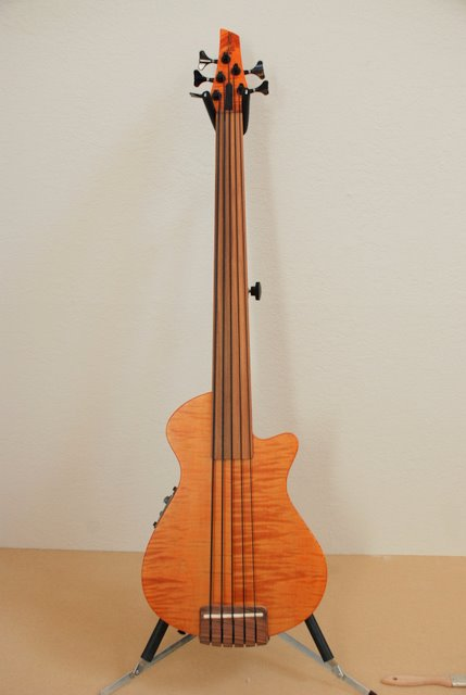 Veillete Mark IV Bass